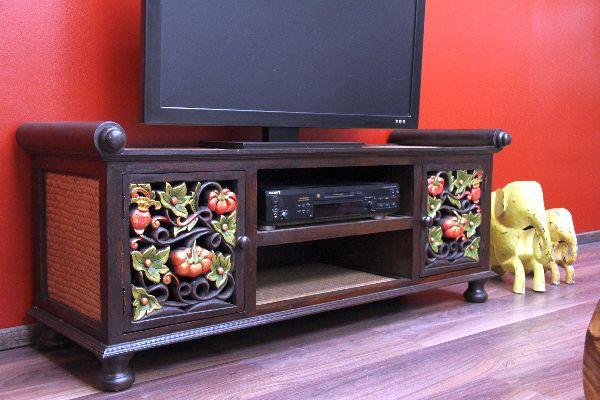 liebhaberedler asiatischer wohnkultur werden von diesem tv. Black Bedroom Furniture Sets. Home Design Ideas