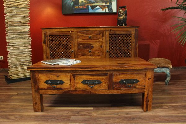 massivholz sheesham couchtisch im kolonialstil mit 6 schubladen honigfarben. Black Bedroom Furniture Sets. Home Design Ideas