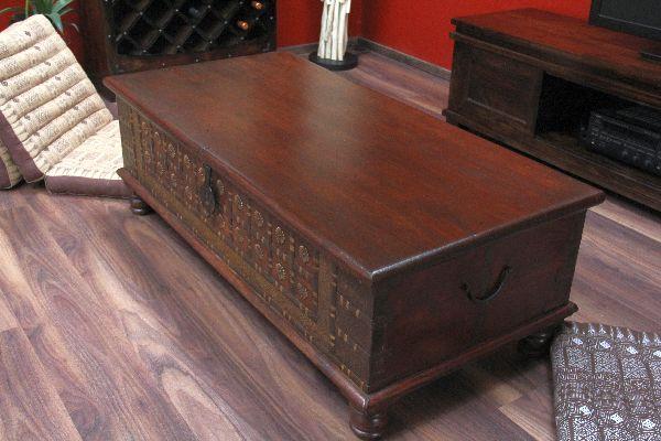 truhentisch couchtisch truhe 130x63x44 kolonialstil holz. Black Bedroom Furniture Sets. Home Design Ideas