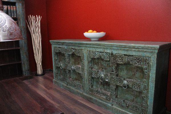 highboard sideboard massivholz antikstil gr n gek lkt. Black Bedroom Furniture Sets. Home Design Ideas
