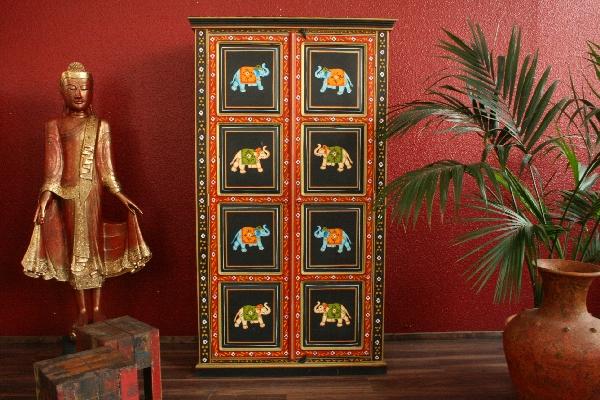 wohnzimmerschrank kleiderschrank handbemalt elefanten. Black Bedroom Furniture Sets. Home Design Ideas