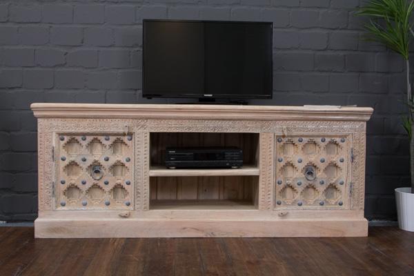 indisches tv sideboard im kolonialstil beige gek lkt. Black Bedroom Furniture Sets. Home Design Ideas