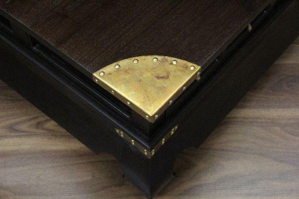 Couchtisch schubladen holz bronze gold kolonialstil for Couchtisch gold