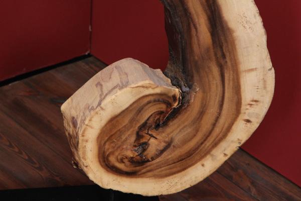 gro e suar deko aus einer massivholz wurzel baumscheibe. Black Bedroom Furniture Sets. Home Design Ideas