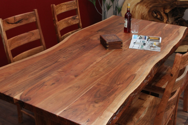 luxus designer massivholz esstisch mit suar baumkanten nr. Black Bedroom Furniture Sets. Home Design Ideas