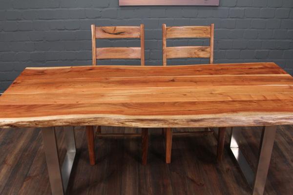 Massivholz Esstisch Mit Edelstahlbeinen : Baumkanten Esstisch aus Massivholz mit Edelstahlbeinen (Matt) Nr