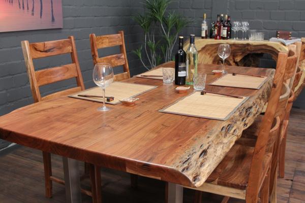 Esstisch massivholz baumkanten 214x105x76 edelstahl beine for Wohnzimmertisch 3 beine