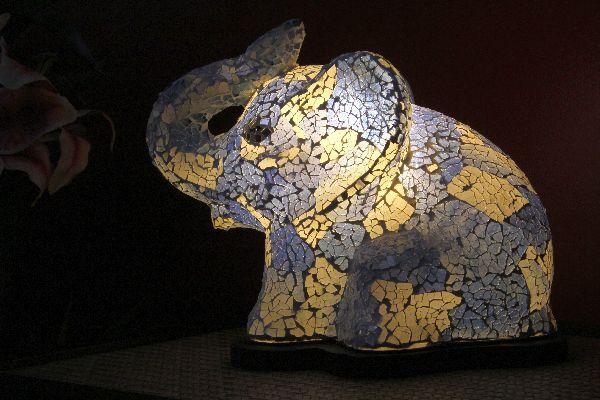 tischlampe tischleuchte elefant lampe leuchte blau. Black Bedroom Furniture Sets. Home Design Ideas