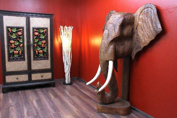 Sie Werden Von Dieser Massivholz Elefanten Skulptur Begeistert Sein.