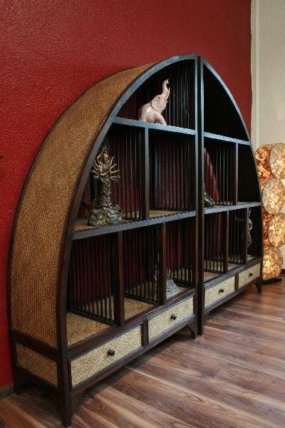 Asiatische Regale großes designer standregal aus massivholz und rattan