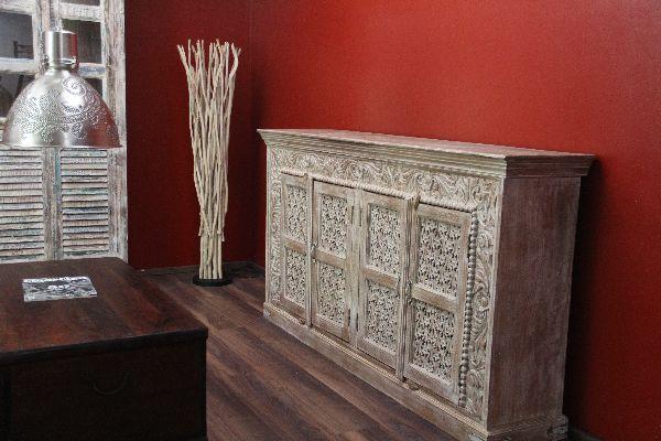 highboard sideboard massiv schnitzereien beige indien. Black Bedroom Furniture Sets. Home Design Ideas