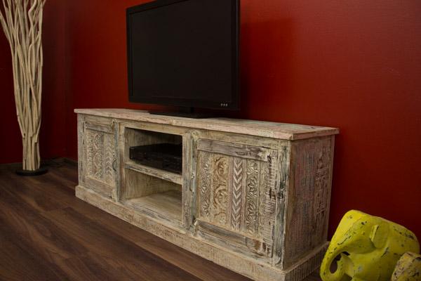 indisches massivholz sideboard mit schnitzereien gek lkt. Black Bedroom Furniture Sets. Home Design Ideas