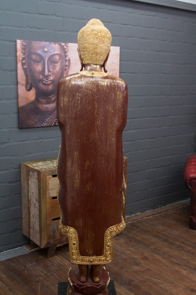 Buddha statue stehend gro 200cm holz rot gold figur for Buddha statue holz
