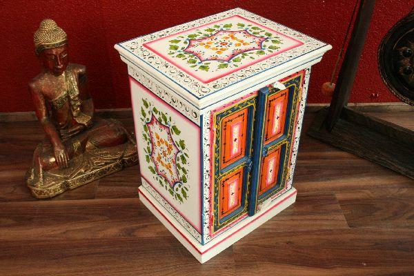 schrank nachttisch konsole holz handbemalt blumen farbig indien. Black Bedroom Furniture Sets. Home Design Ideas