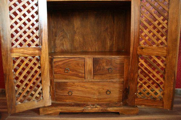 sheesham kleiderschrank aus massivholz honigfarben On balinesische möbel