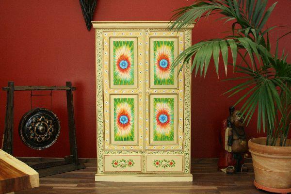 schrank holz massiv indien bunt kolonial blumen. Black Bedroom Furniture Sets. Home Design Ideas