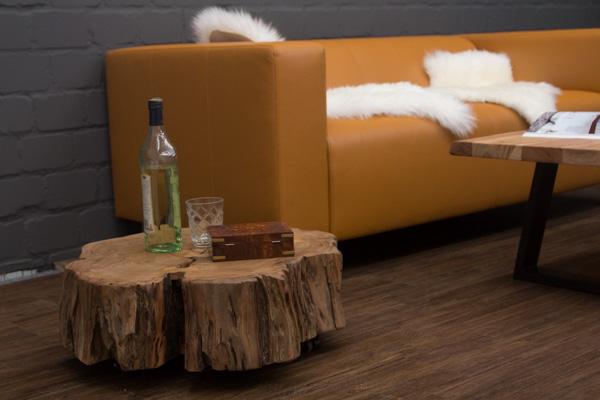 beistelltisch massivholz rollen baumstamm 66x22x17 baumscheibe couchtisch natur ebay. Black Bedroom Furniture Sets. Home Design Ideas