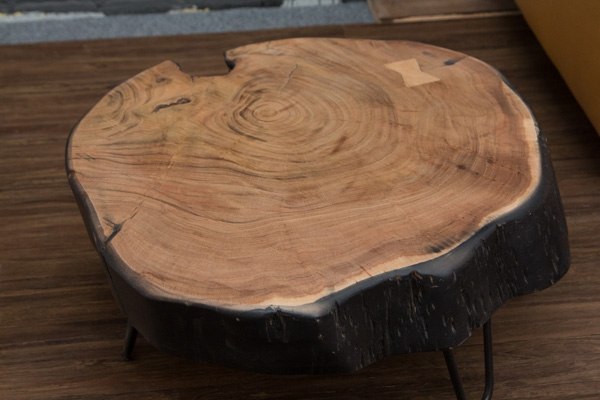 Designer Massivholz Beistelltisch Aus Einer Baumstamm Scheibe Nr 16702
