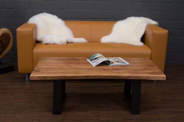 Couchtisch massivholz suar baumstamm 115x64x40 planken natur metall beine f e ebay for Wohnzimmertisch baumstamm