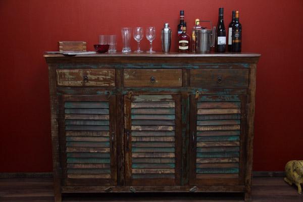 highboard massivholz vintage sideboard 150x107x50 schrank. Black Bedroom Furniture Sets. Home Design Ideas