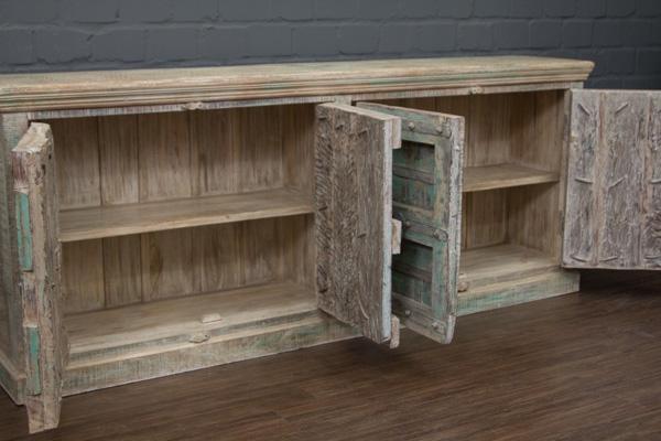 gro er kolonialschrank aus indien aus palisander massivholz. Black Bedroom Furniture Sets. Home Design Ideas