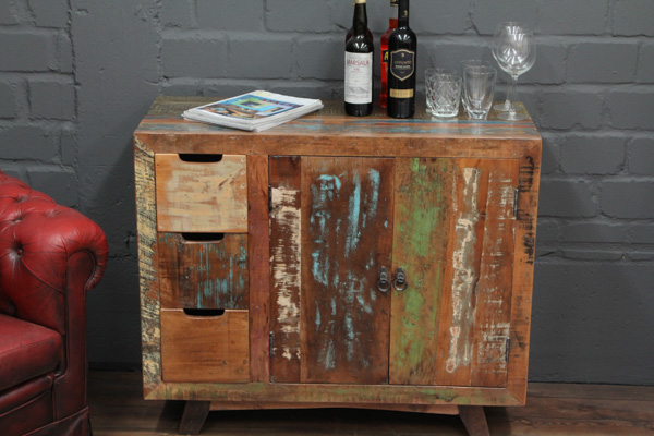 massivholz kommode im modernen vintage stil. Black Bedroom Furniture Sets. Home Design Ideas