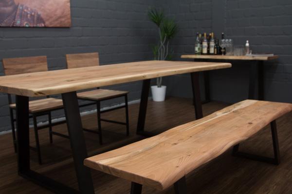 bank aus holzstamm affordable gartenbanke gartenbank. Black Bedroom Furniture Sets. Home Design Ideas
