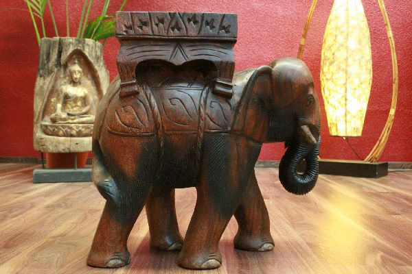 massivholz elefant als ausgefallener beistelltisch aus thailand. Black Bedroom Furniture Sets. Home Design Ideas