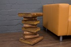 Massivholz Beistelltisch in Form eines antiken Bücherstapels. Nr.12032