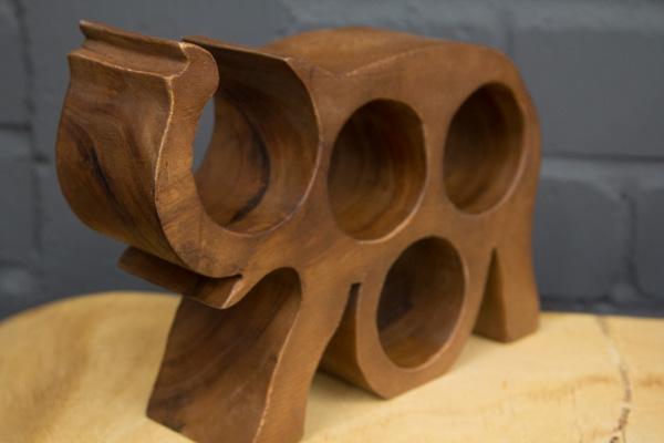 flaschenhalter massivholz elefant weinflaschenhalter. Black Bedroom Furniture Sets. Home Design Ideas