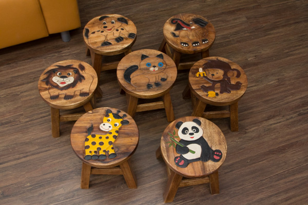 kinderhocker holz katze stuhl hocker sitzgruppe kinder massiv tiermotiv schemel ebay. Black Bedroom Furniture Sets. Home Design Ideas