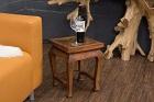 Massivholz Beistelltisch-Nachttisch mit Elefanten Schnitzereien. Nr.19102