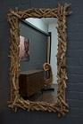 Ausgefallener Designer Wandspiegel mit Holzrahmen aus Teakholz Ästen.