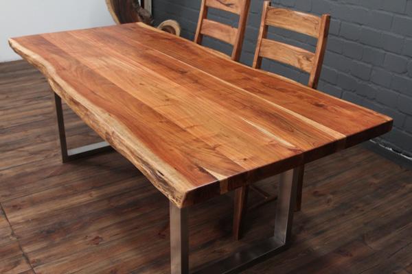 baumstamm planken esstisch aus massivholz mit. Black Bedroom Furniture Sets. Home Design Ideas
