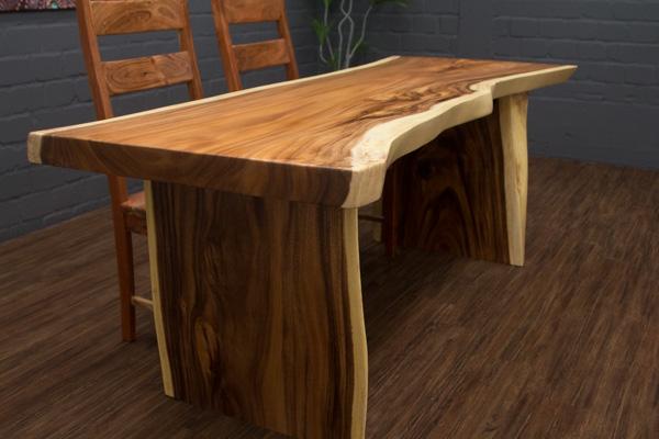 edler baumstamm esstisch schreibtisch aus suar massivholz. Black Bedroom Furniture Sets. Home Design Ideas