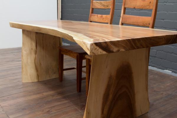 esstisch holz massiv baumstamm suar 200x97x78 natur tisch. Black Bedroom Furniture Sets. Home Design Ideas