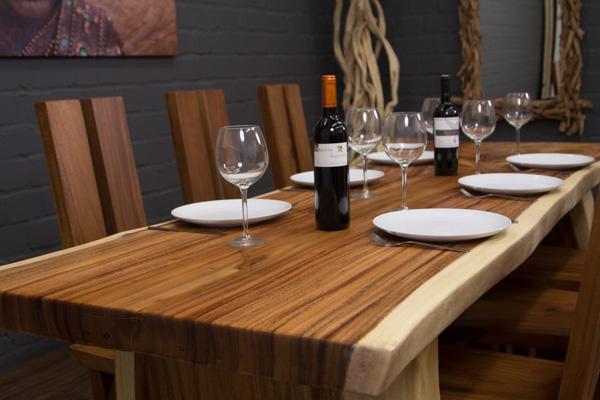 esstisch massivholz baumstamm baumscheibe 250x117x78 suar. Black Bedroom Furniture Sets. Home Design Ideas