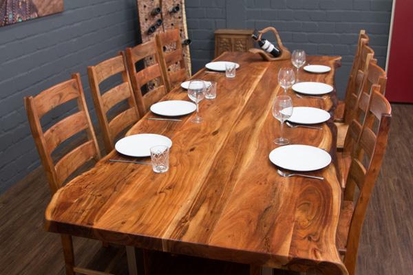 Esstisch baumstamm massivholz 303x110x77 suar planken for Wohnzimmertisch 3 beine