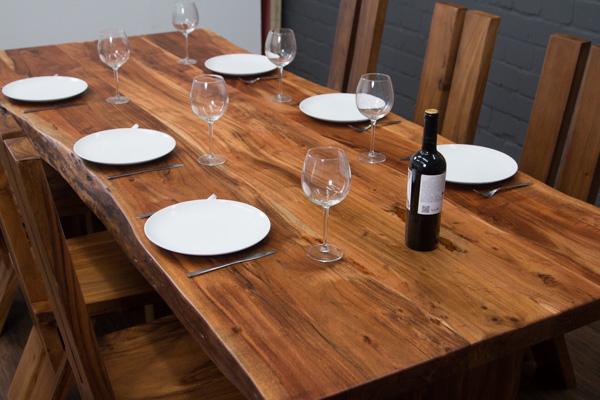 esstisch massivholz baumstamm planken 250x106x77 tisch suar holzbeine baumkanten ebay. Black Bedroom Furniture Sets. Home Design Ideas