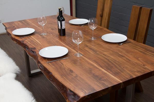 esstisch baumstamm planken metallbeine matt 213x110x76. Black Bedroom Furniture Sets. Home Design Ideas