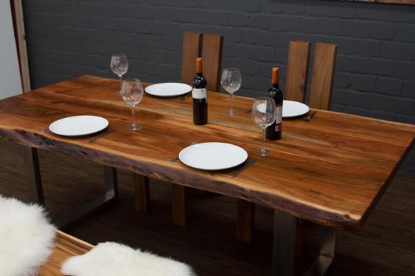 esstisch baumstamm planken metallbeine matt 214x103x76. Black Bedroom Furniture Sets. Home Design Ideas